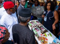 Osinbajo and Okowa Inspecting Products Of Different Entrepreneurial Programmes of the Delta State Government.