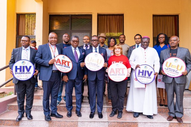 A group Photo of Delta Governor, U.S Representative, NGOs, Others as Delta commits N100m to fight HIV on Thursday, January 9, 2020 (Pix: Twitter/Dr. Ifeanyi Arthur Okowa)