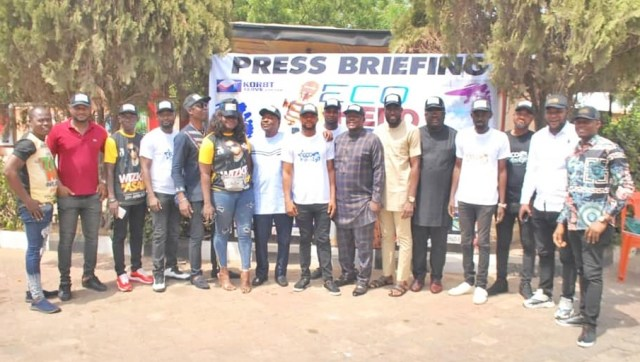 Organizers of Eco Ur Hero Ndokwa Talent Project, Government Appointees, Team of Entertainers and Show Promoters in a group photograph after the Press Briefing