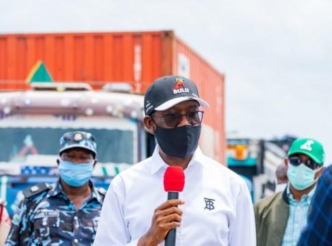 Okowa Monitors Inter-State Lockdown