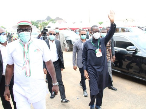 Delta Governor, Senator Dr. Ifeanyi Okowa (right) and the re-elected PDP Chairman, Delta State, Barr. Kingsley Esiso, during the Governor's arrival at the venue of the party's Congress on Saturday, August 8, 2020 (Pix: DTGH Press)