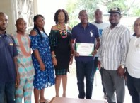 Special Project Director, Asaba International Airport, Austine Ayemidejor (middle) flanked by Journalists of Sapele NUJ