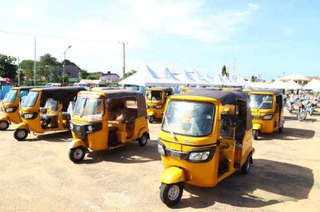 Empowerment Items worth over 300 Million Naira Donated by Ndudi Elumelu to Aniocha/Oshimili Federal Constituency