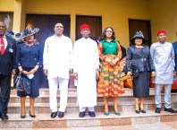 Delta Governor, Senator Dr. Ifeanyi Okowa (4thleft), his wife, Dame Edith Okowa (4thright), his Deputy , Deacon Kingsley Otuaro (3rdleft), the Minority Leader, House of Representatives, Rt. Hon Ndudi Elumelu (2ndright), the Speaker, Delta State House of Assembly, Rt. Hon Sheriff Oborevwori (1stLeft), and the Secretary to the State Government (SSG), Chief Patrick Ukah (right), shortly after the swearing in ceremony of the State Chief Judge, Justice Theresa Diai (3rdright), and the President, Customary Court of Appeal, Justice Patience Elumeze (2ndleft) in Asaba on Tuesday, June 29, 2021. (Pix: Bripin Enarusai)