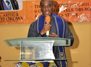"""Olorogun David Edevbie speaking on """"2023: The Role of Technocrats in Government,"""" at the 2021 annual Public Service Lecture of the University of Ibadan Alumni Association, Asaba Chapter on Thursday, July 22nd, 2021 at the Orchid Hotel, DBS Road Asaba."""