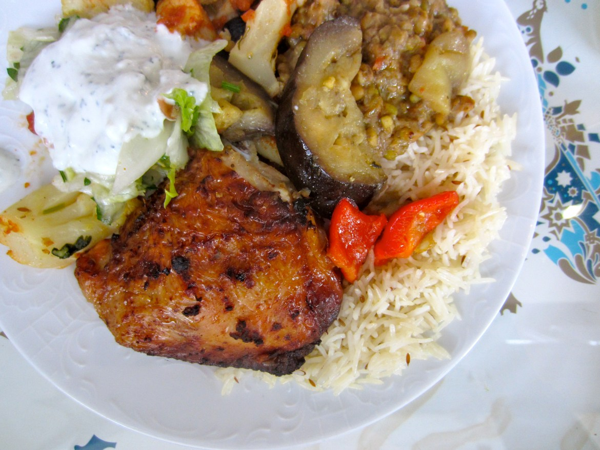 Plate of afghani food