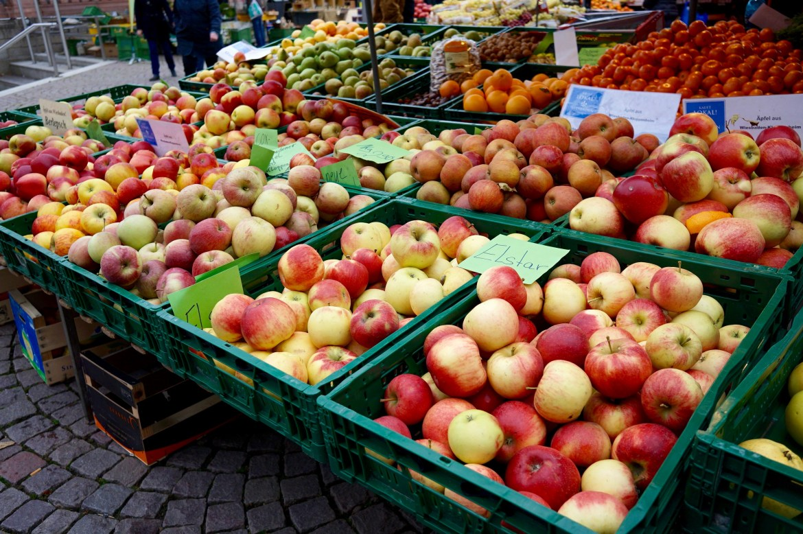 Crates of apples at the Wiesbaden farmers' market