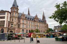 Wiesbaden Farmers market on 23 May 2020