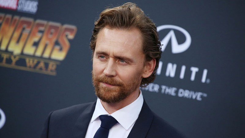 WHITE STORK: UN THRILLER POLITICO PER TOM HIDDLESTON
