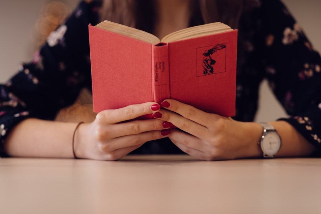 reading a red book