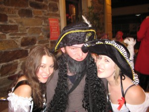A Pirate and Two Wenches