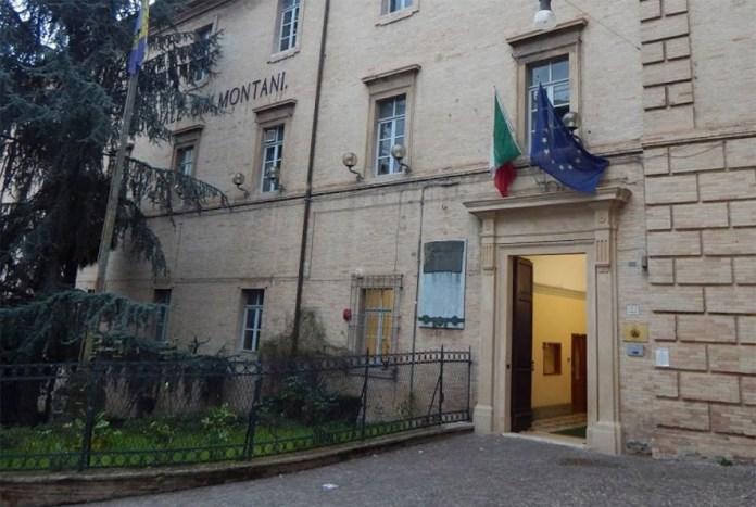 L'ingresso dell'Its Montani di Fermo