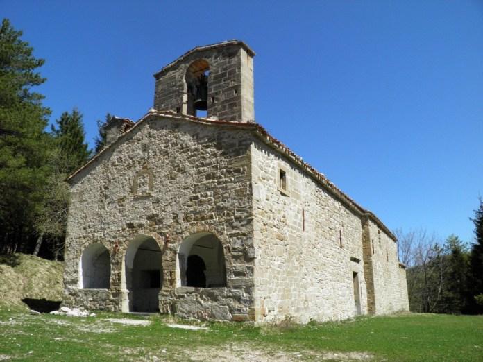 La chiesa di Santa Maria in Pantano a Montegallo prima del terremoto