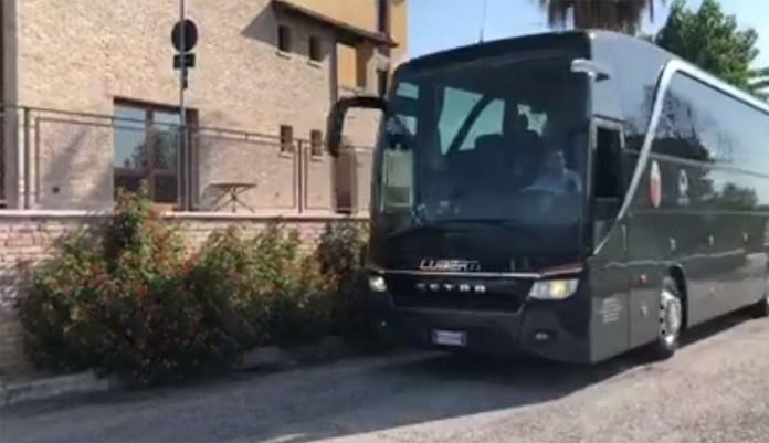 L'Ascoli Calcio parte per il ritiro di Cascia, foto da pagina Facebook Ascoli Picchio