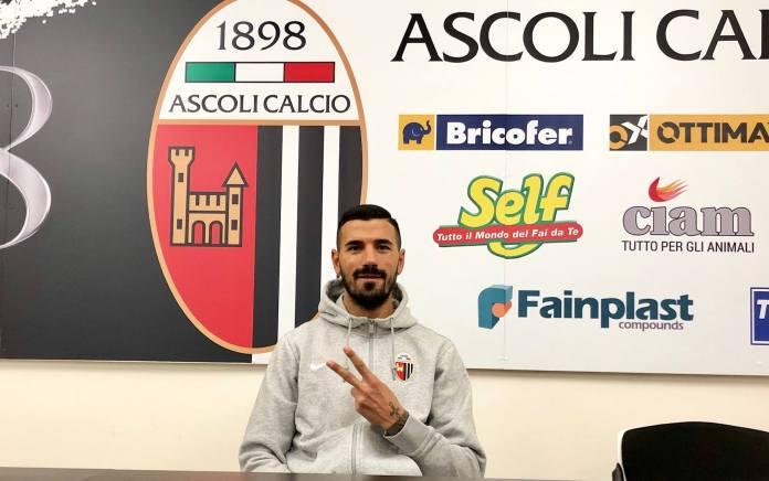 Il difensore dell'Ascoli Calcio D'Elia