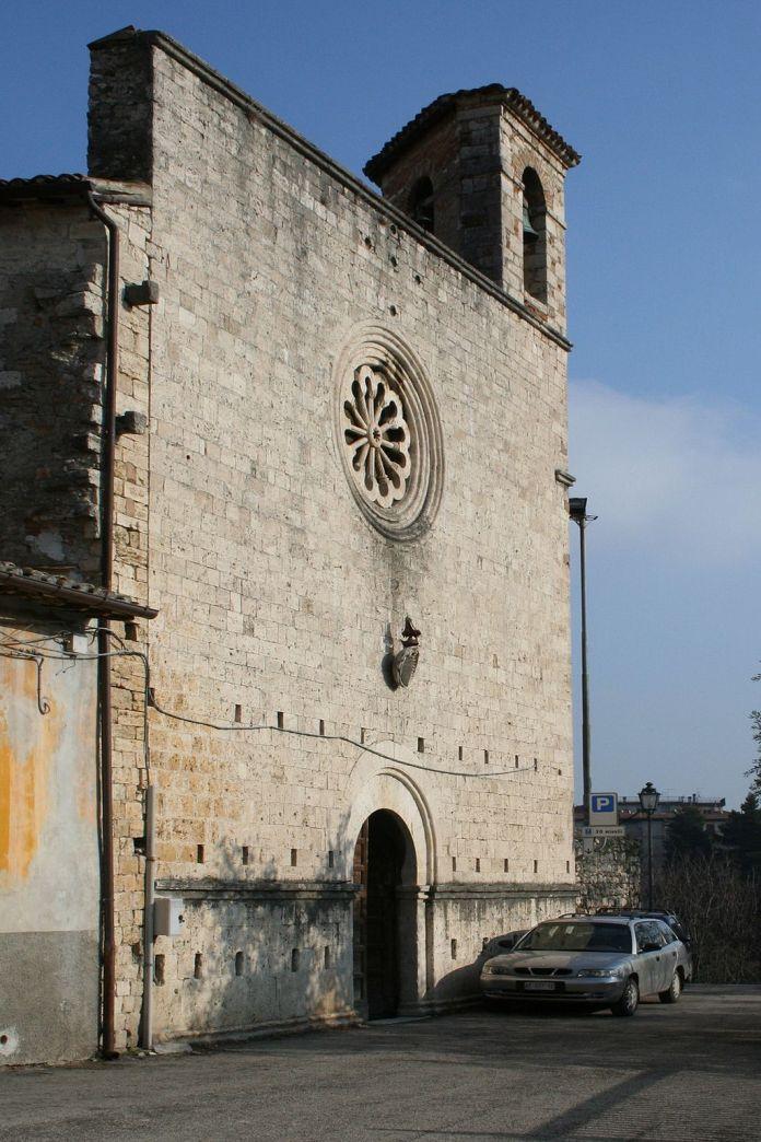 La chiesa di San Pietro in Castello di Ascoli, foto da Wikipedia