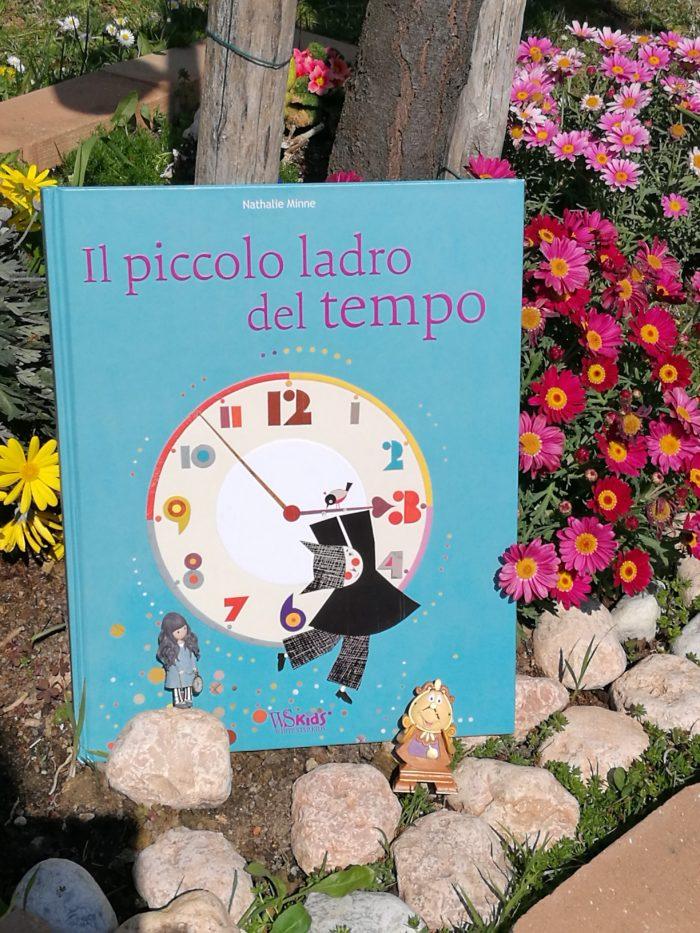 Il piccolo ladro del tempo… un albo sul tempo e sull'amore