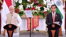 Indian_Prime_Minister_Narendra_Modi_and_Indonesia_President_Joko_Widodo_address_the_media_in_Jakarta,_2018