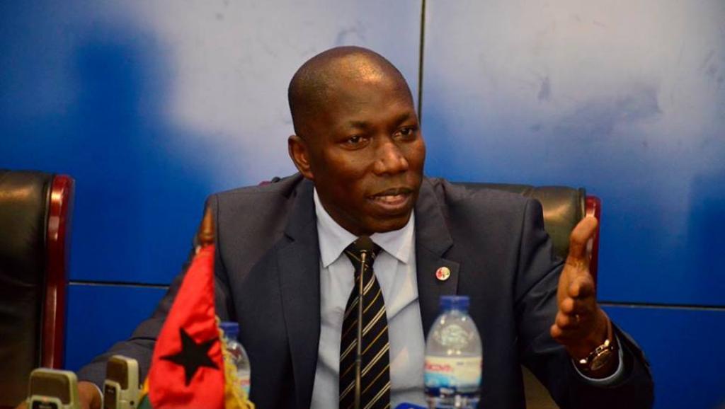 Guiné-Bissau: Domingos Simões Pereira reeleito líder do PAIGC e quer maioria absoluta nas próximas eleições