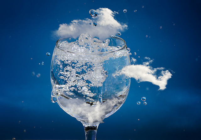 Copa de Agua, por Chechi Peinado, con Licencia Creative Commons