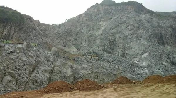 Tambang batu boulder