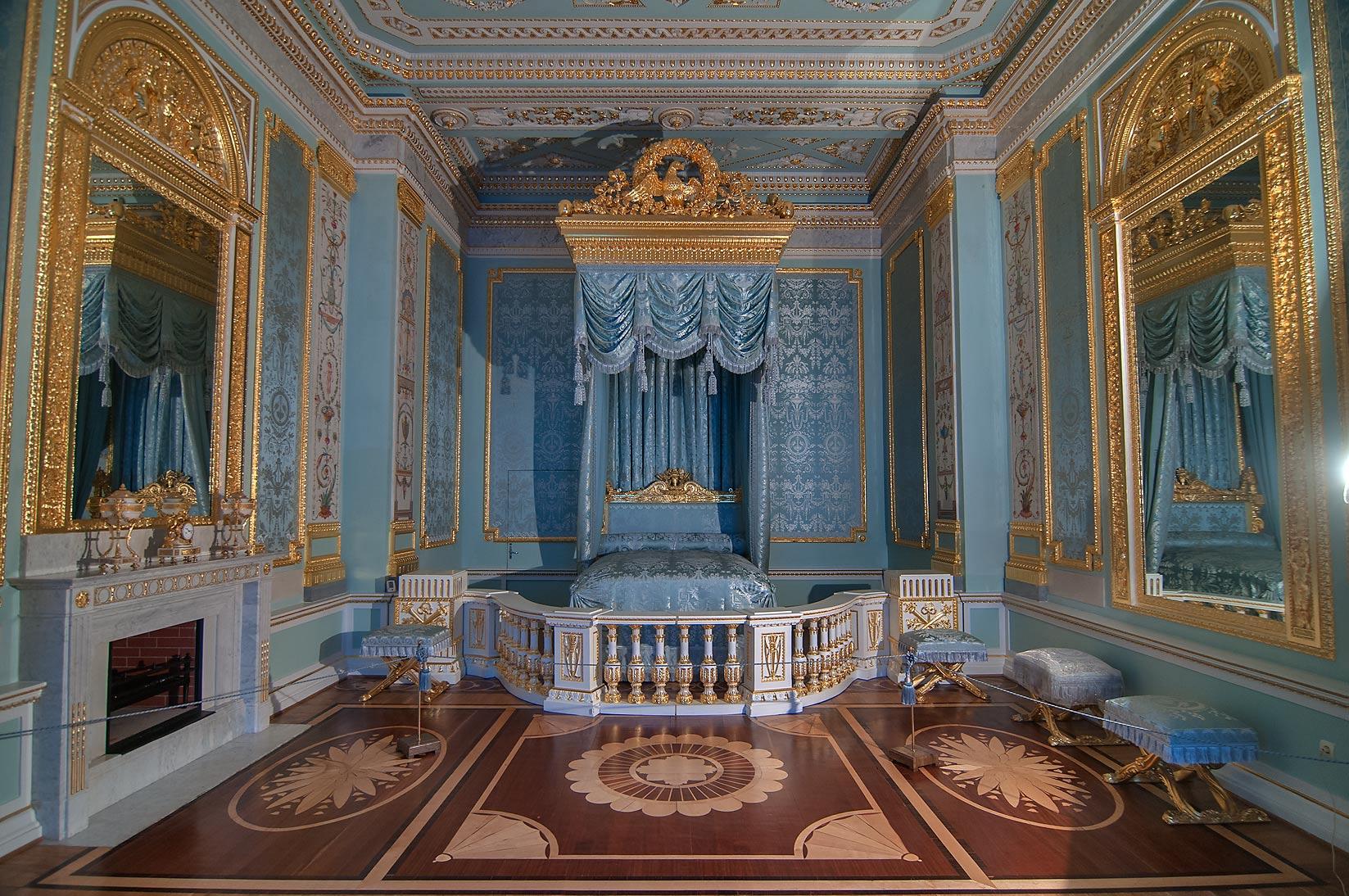 Photo 115120 Grand bedroom in Gatchina Palace Gatchina