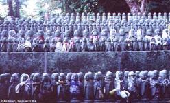 Children Statues 01
