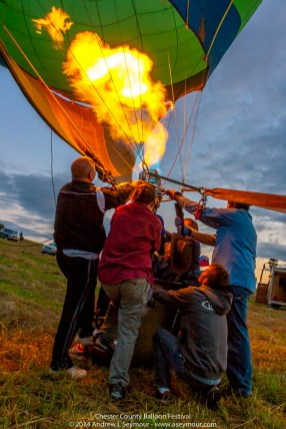 Glowing Balloon Flames 099