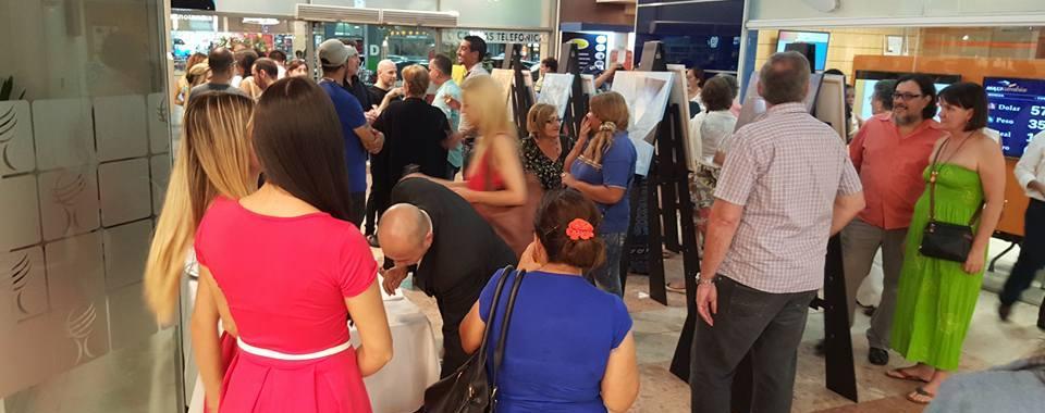 En su 4ta entrega, Noche de galerías llegó a reunir a unos mil consumidores del arte local.
