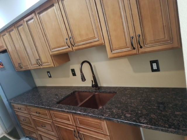 Undermount Kitchen Sinks Granite Countertops Hidden Seam on