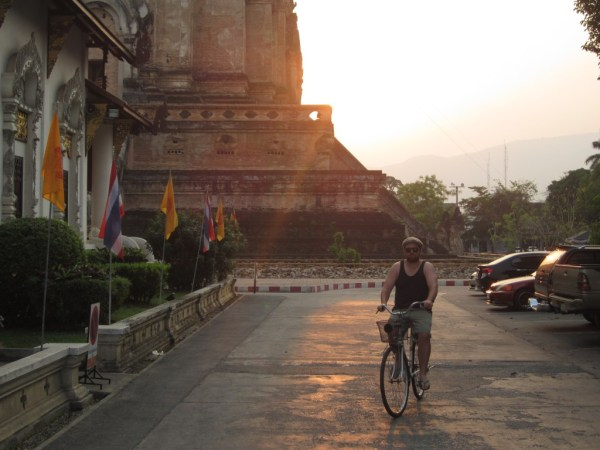 Wat Chedi Luang Buddha Ryan Bicycle