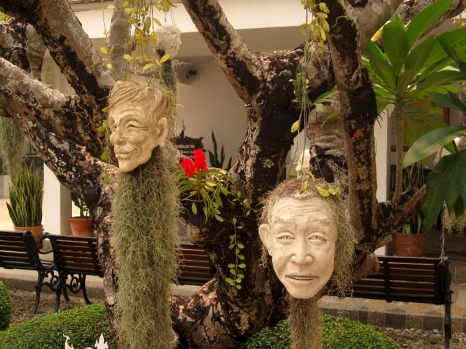 Hanging Heads