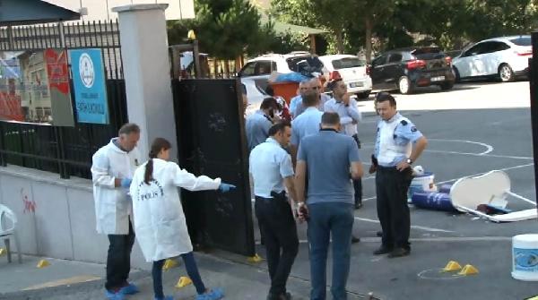 Son Dakika! İstanbul'da Servisçi Dehşeti, Çocukların Gözleri Önünde Çatıştılar