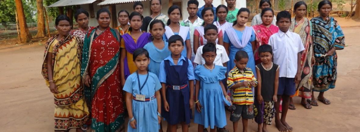 Kinderförderung für verarmte Witwen in Kurtumgarh (Foto: Ashakiran)