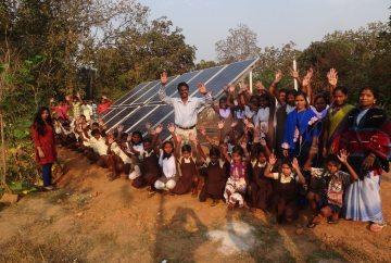 Einweihung der Solaranlage im Vivekananda Children Home in Kurtumgarh (Foto: Ashakiran)