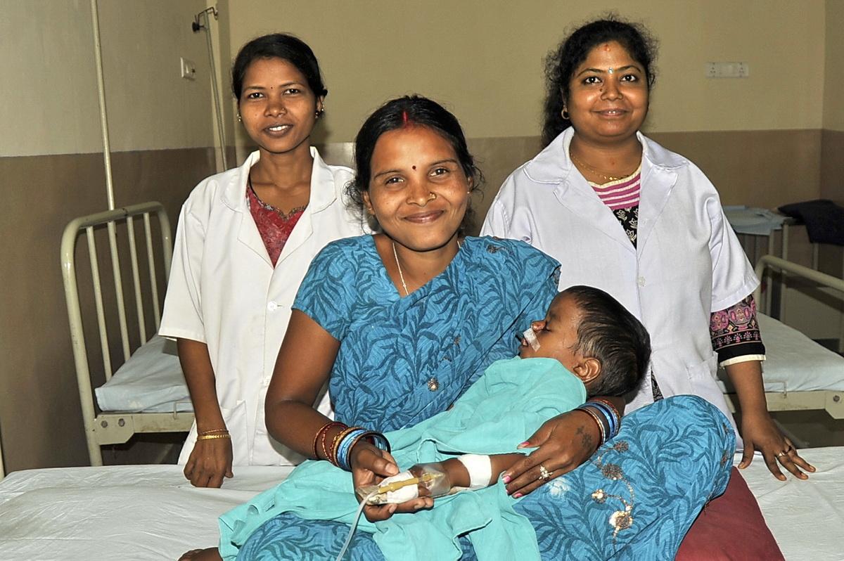 Die glückliche Mutter nach der Operation (Foto: C.M.)