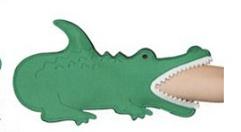 Summer-DCI-Alligator-mitt