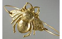Bug-Jewelry---Bee-bracelet
