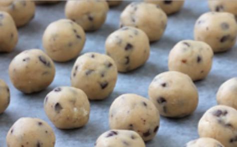 Individual cookies - frozen dough