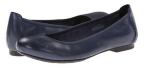 comfortable-travel-shoes-born-julianne-flats