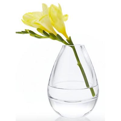 teeny small bud vase
