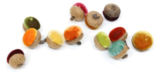velvet acorns fall table