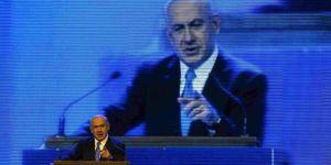 Le premier ministre israélien et chef du Likoud, Benyamin Nétanyahou, a donné le coup d'envoi de sa campagne pour les législatives du 22 janvier, mardi 25 décembre. | REUTERS/RONEN ZVULUN