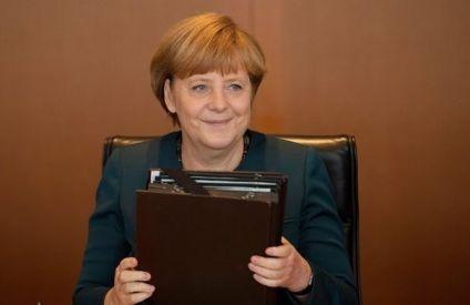 109814_la-chanceliere-allemande-angela-merkel-le-22-mai-2013-a-berlin