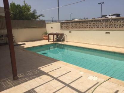piscine et barbecue1