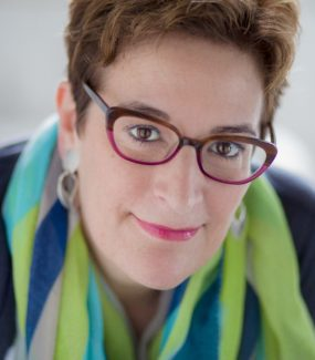 Suzanne Devane