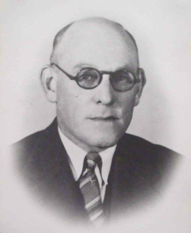 Robert J.M. Stewart, Worshipful Master of Ashlar Lodge, No.3 in 1926