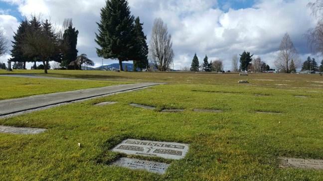 Neil T. McInnes & Jessie M. McInnes grave, Bowen Road Cemetery, Nanaimo, B.C,