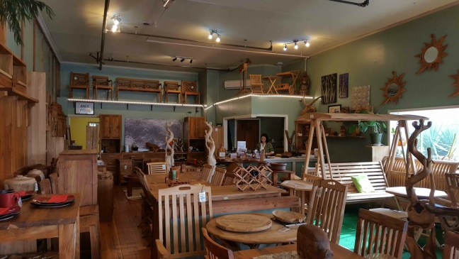 The current interior of the Rawlinson-Glaholm Grocery building. The present occupant is The Teak Tree.