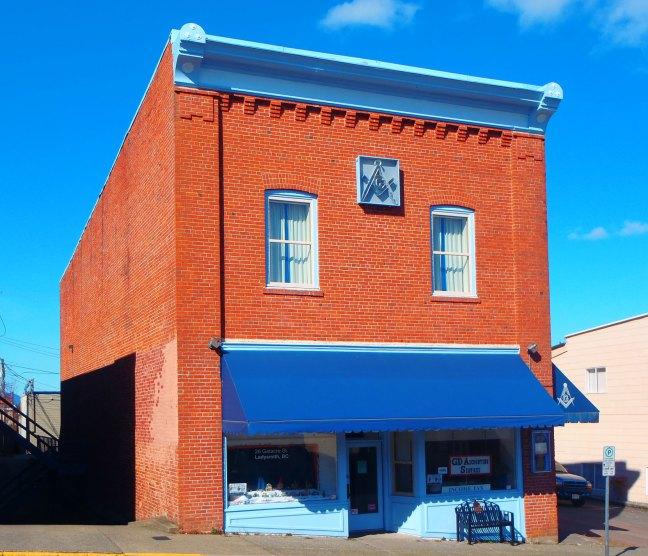 St. John's Masonic Temple, 26 Gatacre Street, Ladysmith, B.C. (photo: Ashlar Lodge No. 3 Historian)